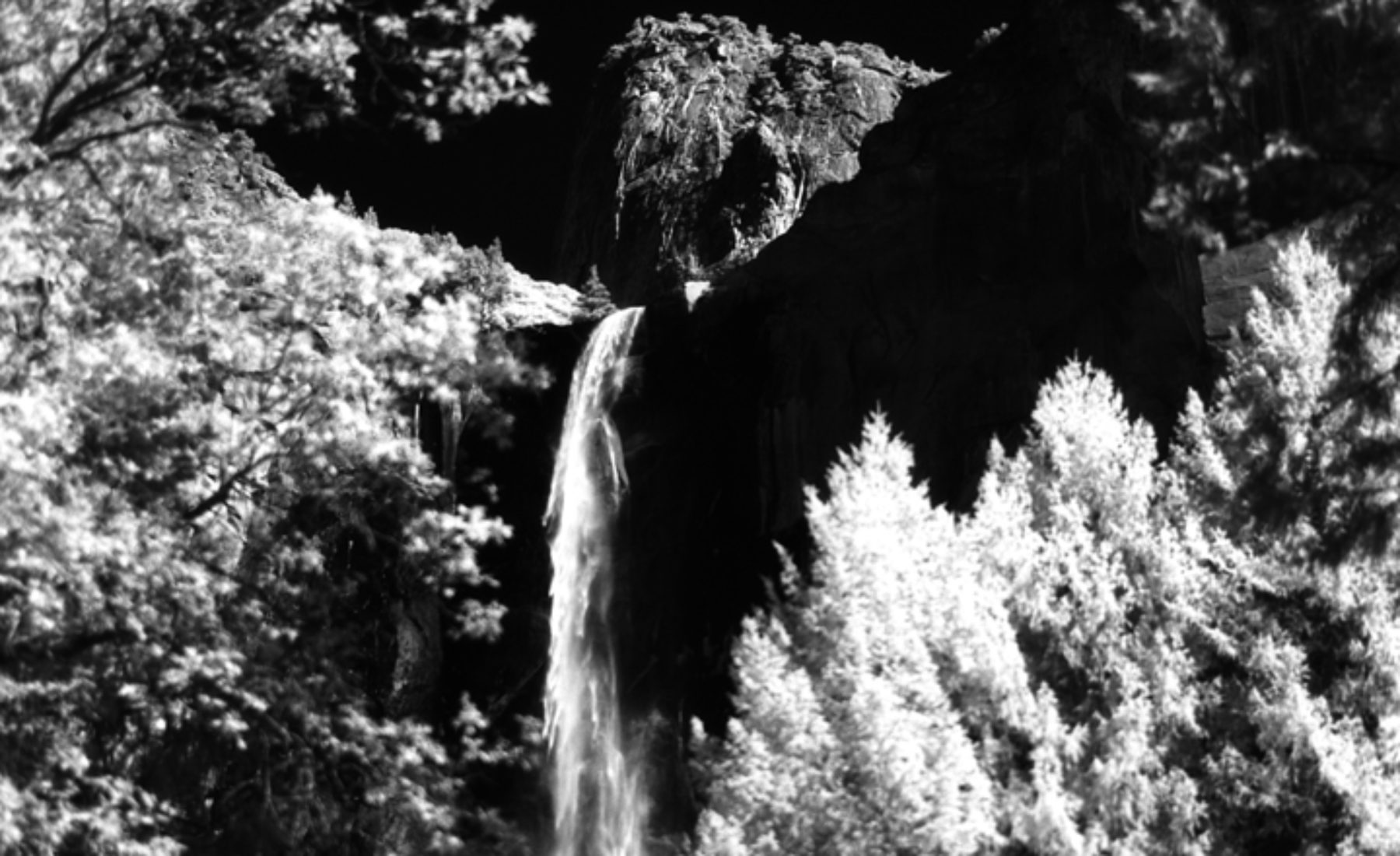 Bridalveil Fall by infrared