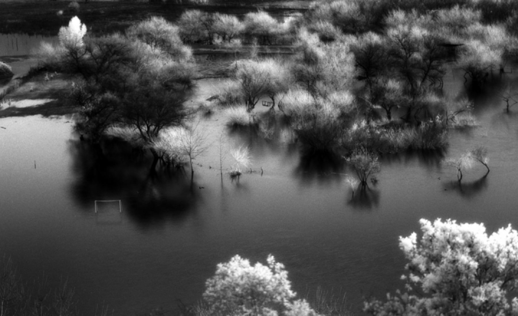 Laguna de Aculeo by infrared